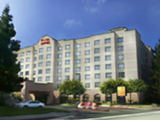 The Plaza Suites