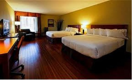 Holiday Inn Express Quebec City (Sainte-Foy): Spacious 2 queens bedroom