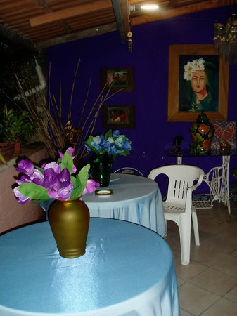El Jardin Bed and Breakfast: Nuestra terraza 1