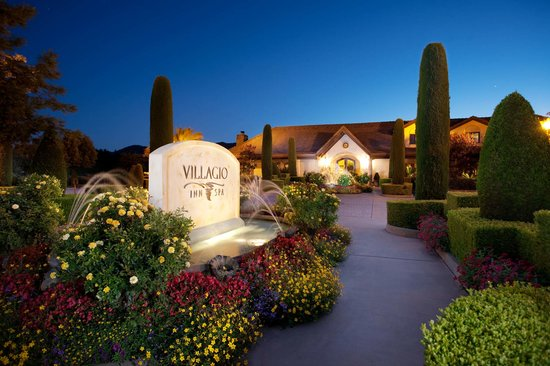 Villagio Inn and Spa : Villagio Inn & Spa Lobby Entrance