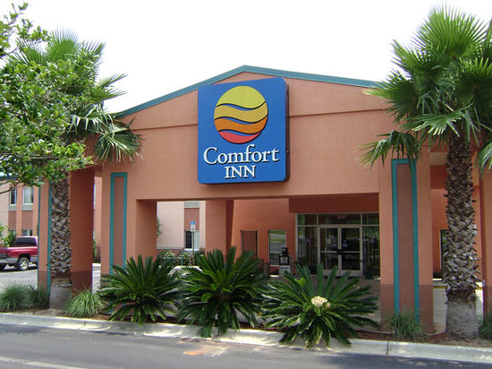 Quality Inn Pensacola - Pine Forest: Hotel Near Popular Attractions