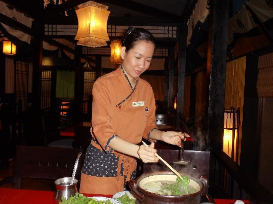 Legend Hotel Saigon: Japanese restaurant very good value.