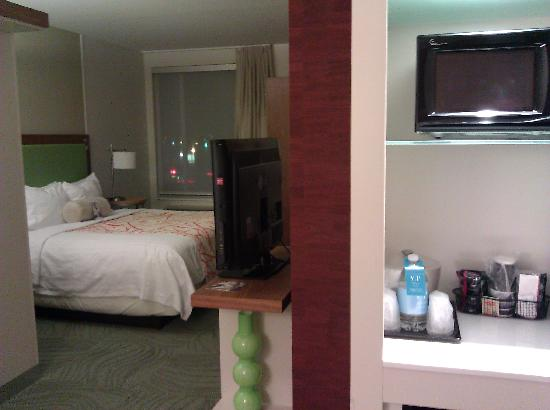 SpringHill Suites Columbus OSU: View from Door