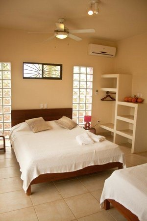 Buena Onda Beach Resort: bedroom