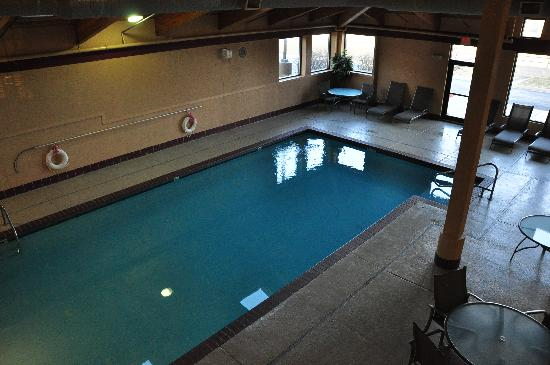 Interior swimming pool at the Best Western Lawrence ...
