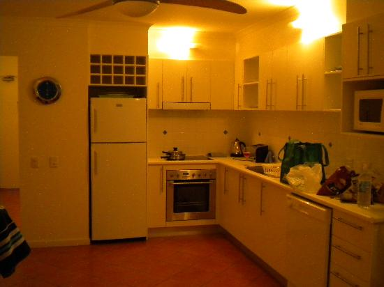 SandCastles Apartments: kitchen