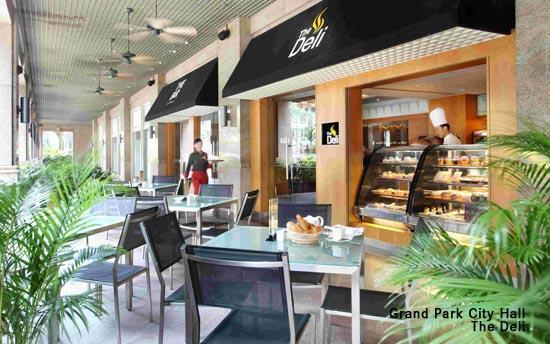 Grand Park City Hall: The Deli