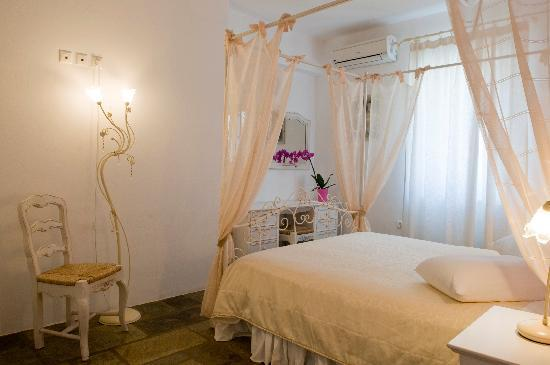 Agrabeli Mare Apartments: bedroom
