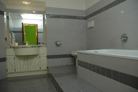 The Rainbow B&amp;B : Bagno Stanza Verde 