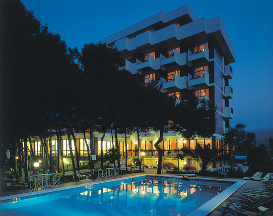 Photo of Family Hotel Promenade Giulianova