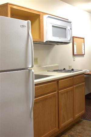 Value Place Round Rock: Full kitchens in every studio.