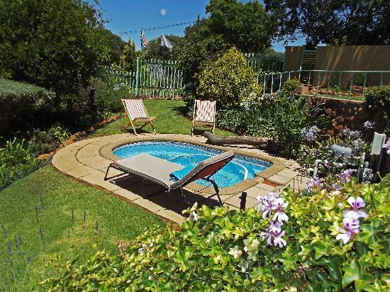 the small splash pool picture of stoneridge guesthouse