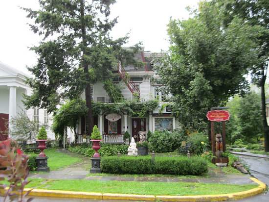 Photo of Village Green Bed and Breakfast Woodstock