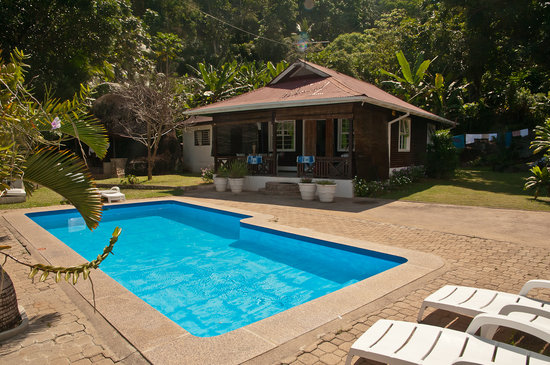 Kokogrove Chalets
