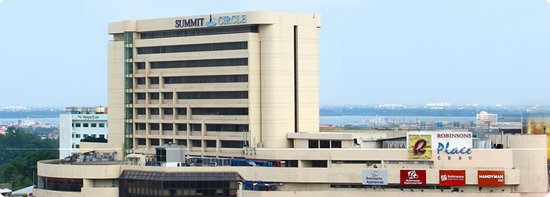 Summit Circle Hotel