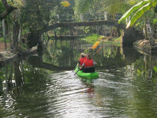 Kerala kayaking Tours