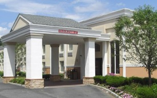 Photo of Quality Inn Edison