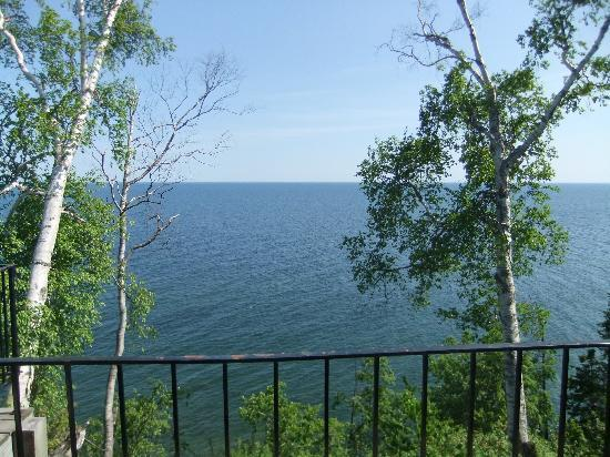 ‪‪Cliff Dweller Inn of Tofte‬: Balcony view‬
