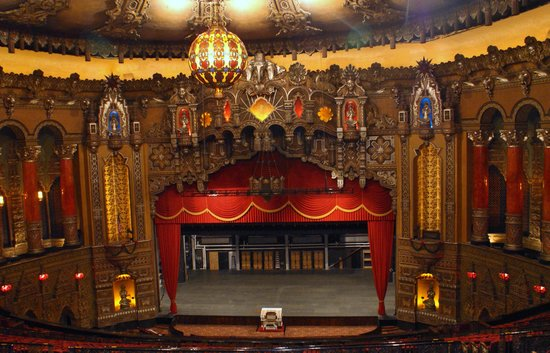 the beautiful view of the stage from the upper balcony picture of the fox theatre saint louis. Black Bedroom Furniture Sets. Home Design Ideas