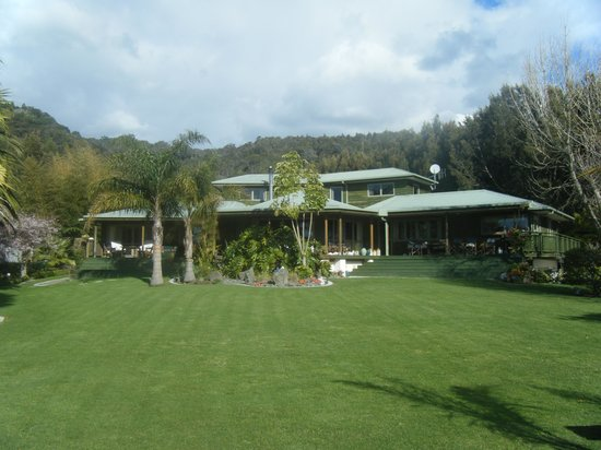 Tui Lodge