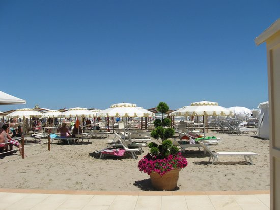La spiaggia di Riccione :sabbia fine