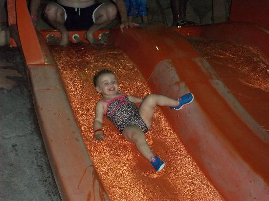 Great Wolf Lodge: Baby pool slide