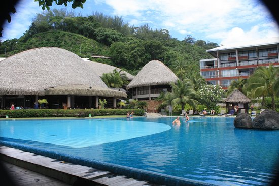 Radisson Plaza Resort Tahiti: The pool area