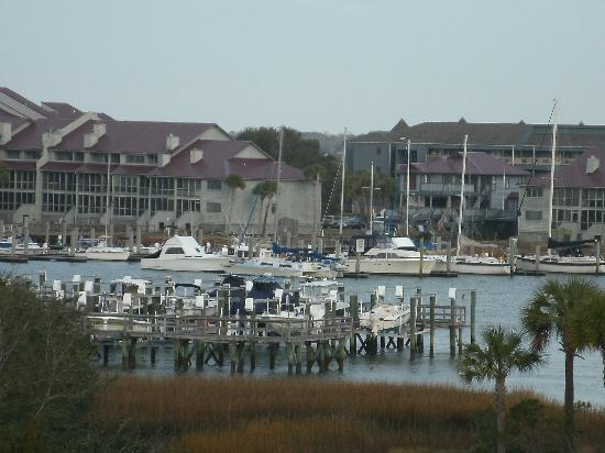 ‪‪Water's Edge Inn at Folly Beach‬: View from balcony.‬