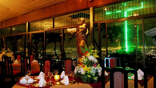 Le monastere san jose restaurant reviews phone number for Romantic restaurant san jose