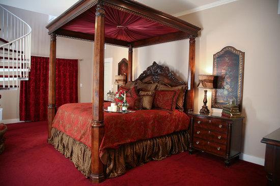 Victorian Mansion Bed & Breakfast