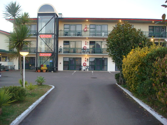 Gateway International Motel