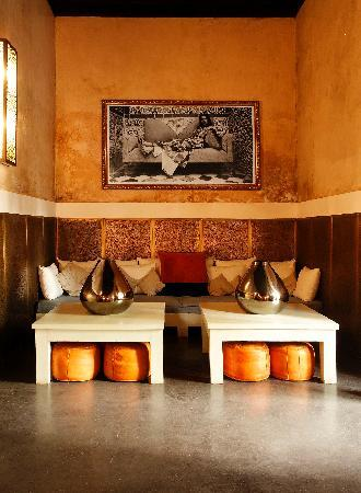 Riad 72: Salon