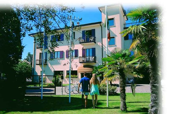 Photo of Beatrix Apartments Bardolino