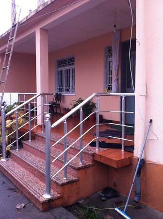 Florian Shkodra Guesthouse and Hostel