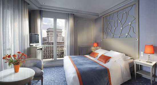 Splendid Etoile Hotel: Privilege room with view on the Arc de Triomphe/ Chambre Privilge avec vue sur Arc de Triomphe