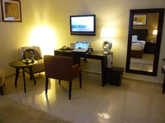 One to One Hotel - The Village: Work area in my upgraded room