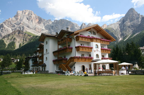Photo of Hotel Vienna San Martino Di Castrozza