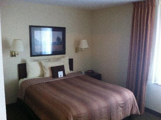 Candlewood Suites Clearwater: Bedroom