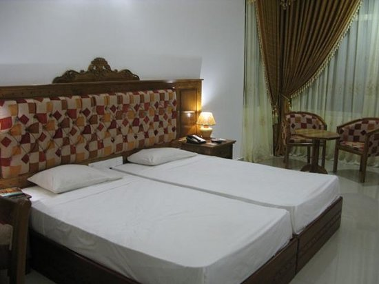 Hotel Sudu Araliya: Bed Room