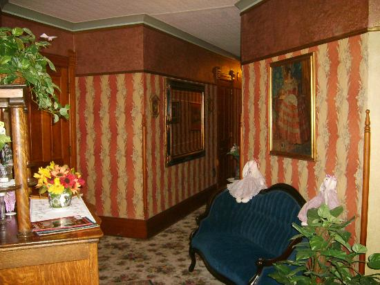 The Grand Victorian B&B: upstairs hallway