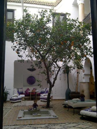The courtyard in Dar Charkia