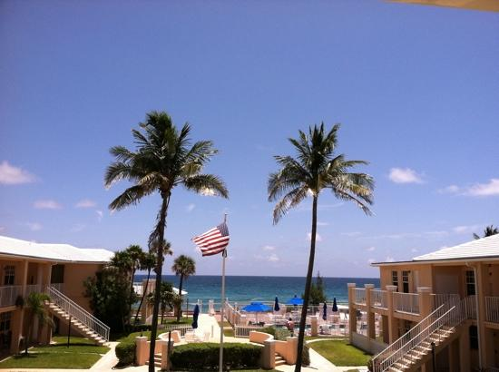 Gulfstream Manor Resort: balcony view