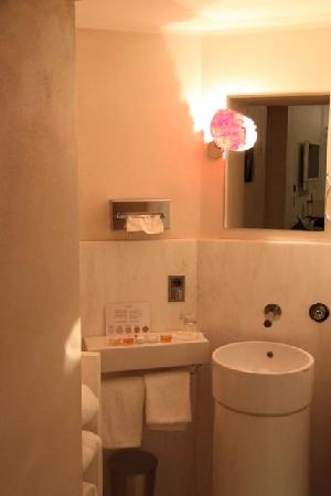 Residenze Suite Sistina : il bagno 