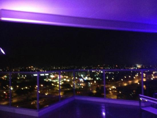 Sudima Suites: View from Sky Deck - Night time