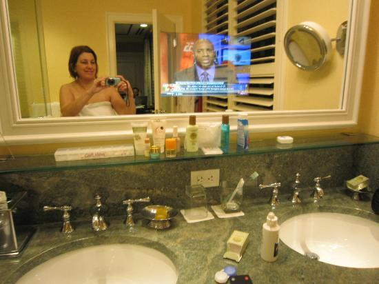 The Breakers: A TV in the bathroom mirror!