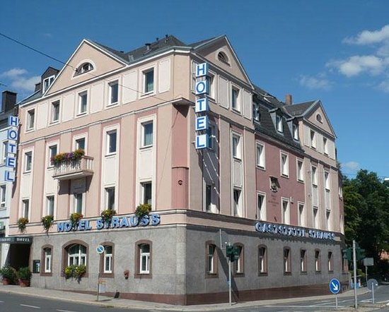 Photo of Hotel Strauss Hof