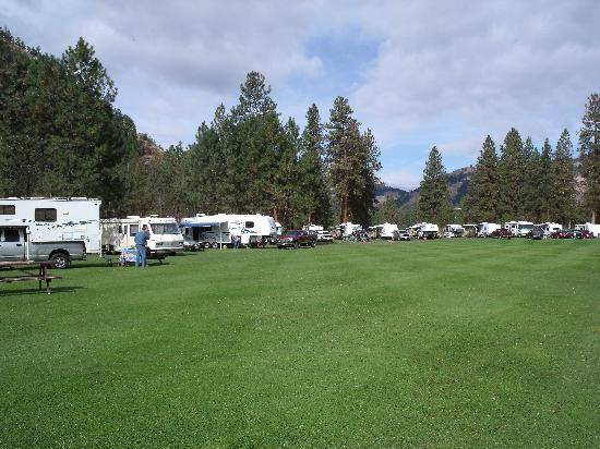 Kettle Valley Villas: RV sites