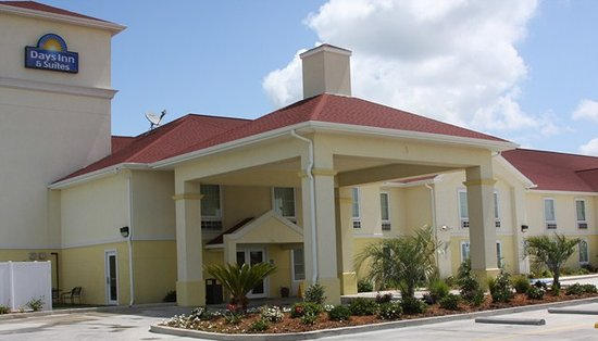 Days Inn & Suites Bayou Land