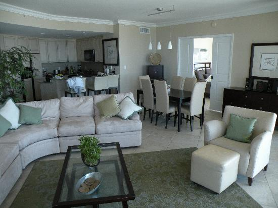 Portofino Island Resort & Spa: Inside of Condo Suite #504