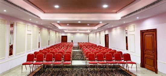 Hotel Pearl Regency: Grand Flora, Banquet and Conference Venue.